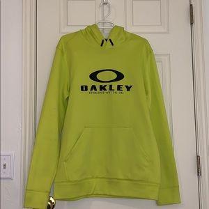 Men's or women's size large Oakley Sweatshirt